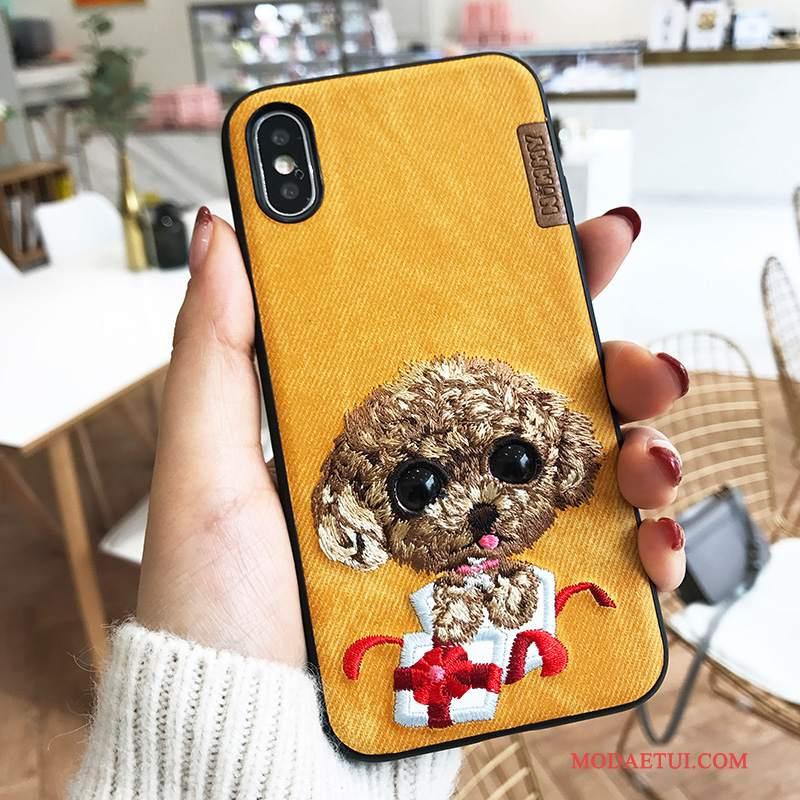 Futerał iPhone X Z Haftem Nowy, Etui iPhone X Psy Żółty